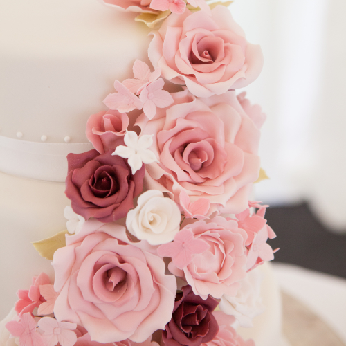 icing flowers for wedding cakes uk wedding cakes in exeter designed and baked to 16268